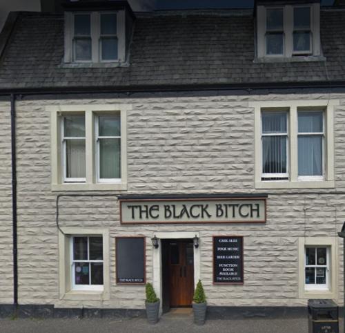 the black bitch pub exterior