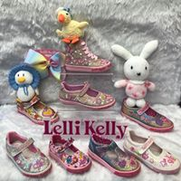 2 feet 1st lelli kelly