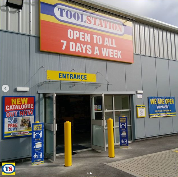 Toolstation Linlithgow exterior